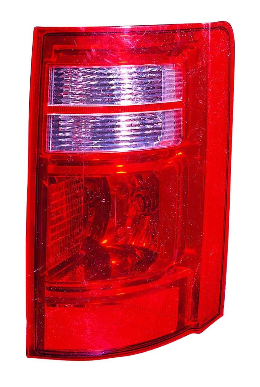 Dodge Grand Caravan 2008 2009 2010 tail light right passenger
