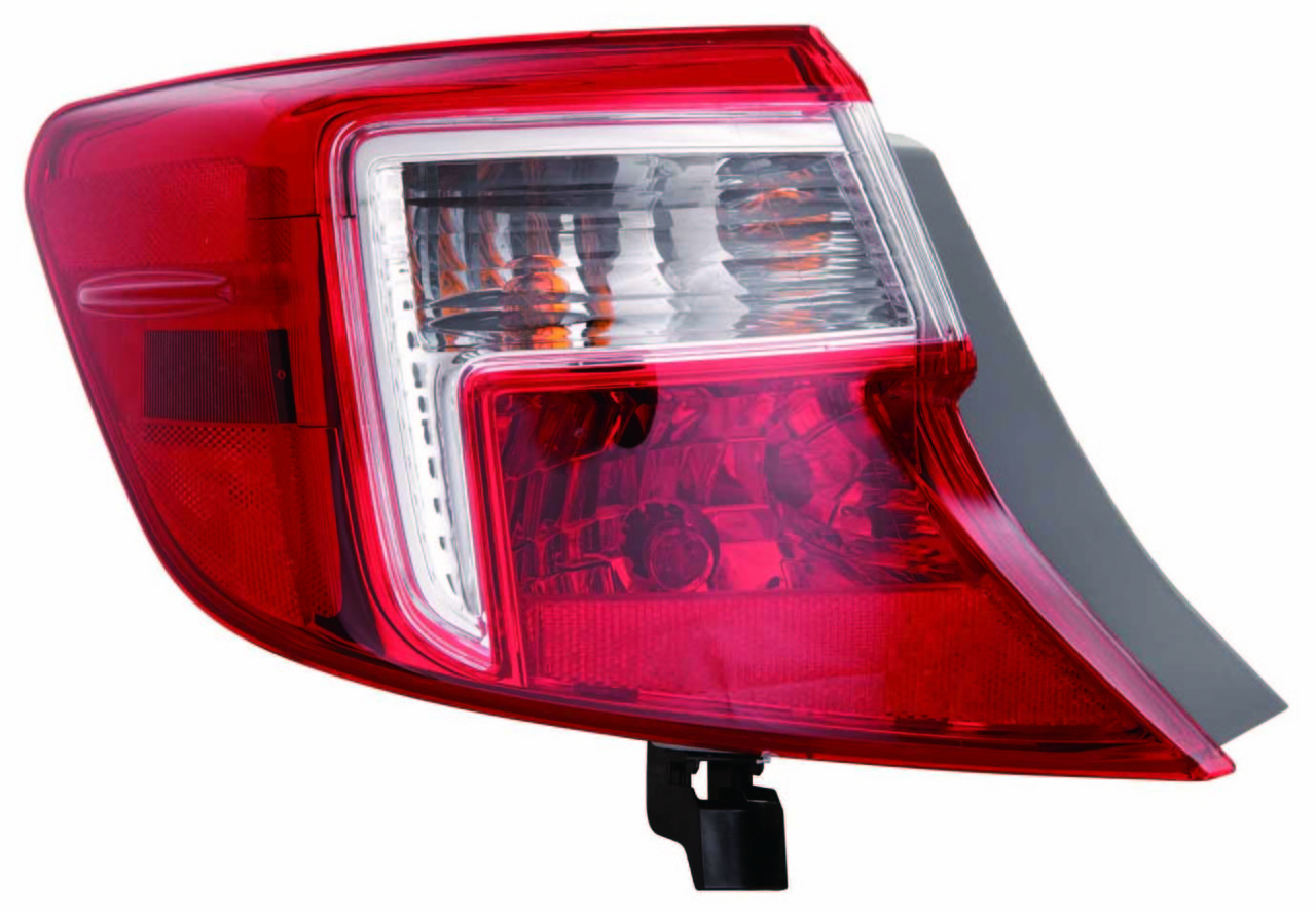 Toyota Camry 2012 2013 2014 tail light outer left driver