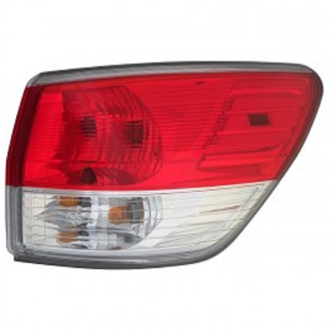 Nissan Pathfinder 2013 2014 2015 2016 tail light right passenger